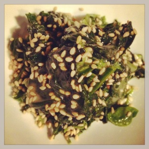 Gomaae (spinach with sesame dressing)