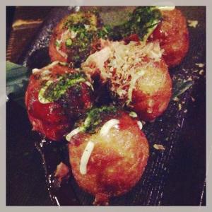 Tayoyaki (octopus balls)